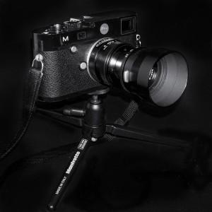 Leica M mit 90mm Macro-Elmer auf Manfrotto Tisch-Stativ