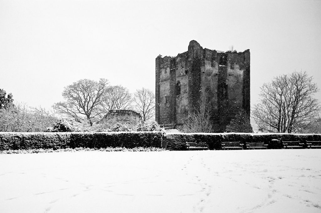 Guildford Castle Snow 3 IID 3.5cm Elmar