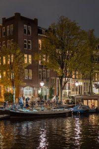 Amsterdam, Leica Q bei f/1.7   1/8sec  ISO 1000