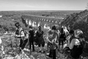 Am Pont du Gard, Leica Q bei f/5.6  1/250sec  ISO 100