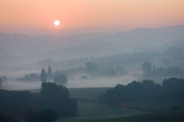 Sonnenaufgang über Ostwestfalen, M9 mit 90mm Summarit