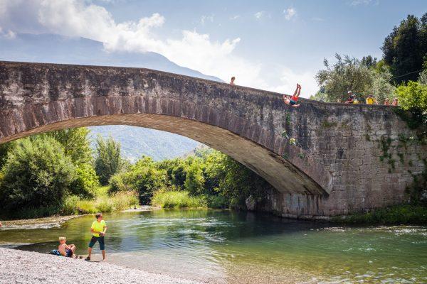 Ponte Romana, Leica M10 mit 28mm Summicron bei f/4.0  1/2000sec  ISO 100
