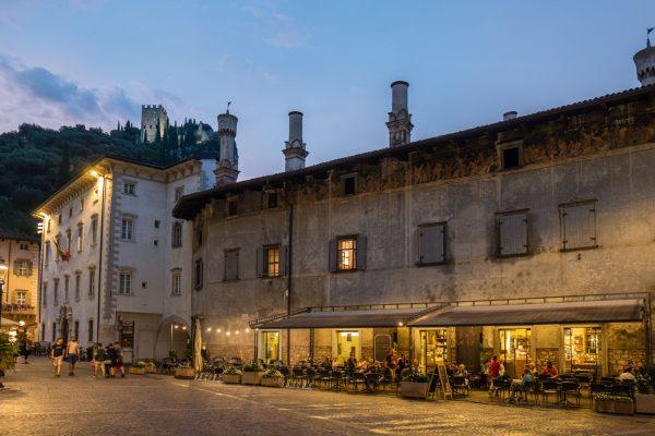 Palazzo Marchetti in Arco, Leica Q  bei f/2.8  1/8sec  ISO 320