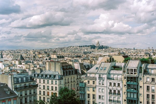 Ausblick vom Centre Pompidou, Leica M4 mit 35mm Summilux bei f/5.6  1/1000sec Kodak Portra 160