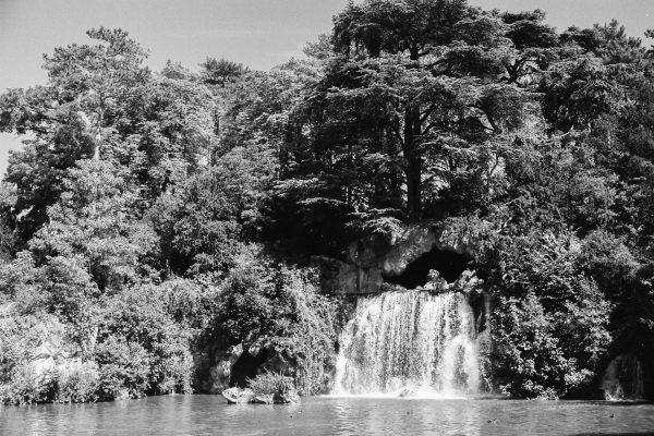 "Die ""Grand Cascade"" im Bois du Boulogne"