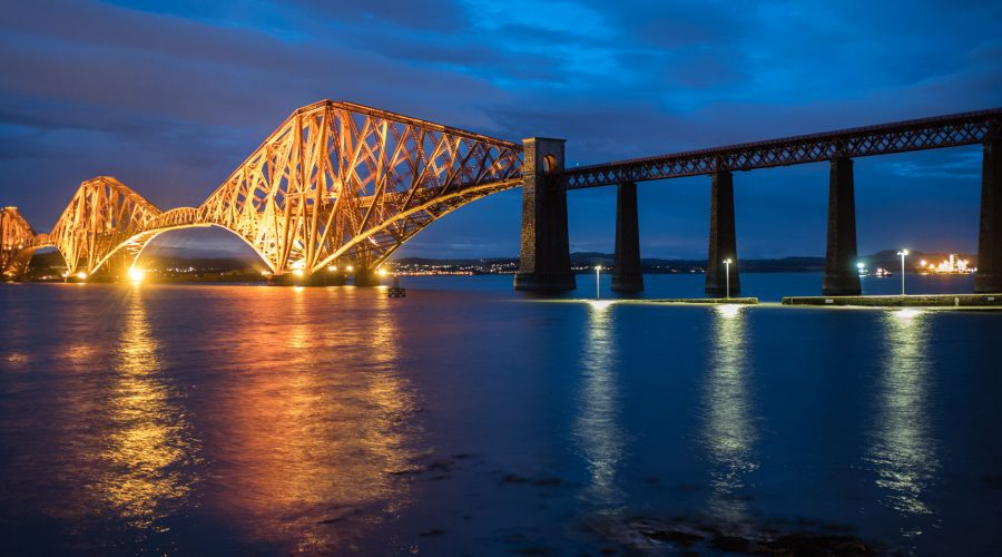 "<div class=""erm-title-wrapper"">Forth-Bridge, Leica M10 mit 28mm Summicron bei f/4.0   2sec  ISO 320</div>"