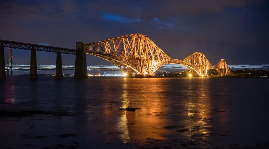 "<div class=""erm-title-wrapper"">Forth-Bridge, Leica M10 mit 35mm Summilux bei f/4.0   4sec  ISO 400</div>"