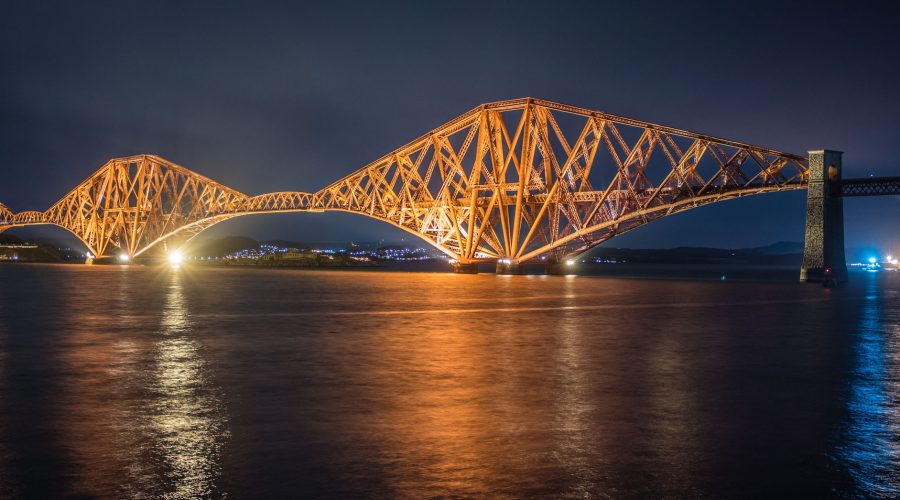 "<div class=""erm-title-wrapper"">Forth-Bridge, Leica M10 mit 35mm Summilux bei f/2.8   3sec  ISO 100</div>"