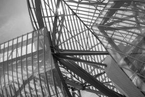 Architektur: Fondation Louis Vuitton. M10 mit 28mm Summicron bei f/8.0  1/350sec ISO 100