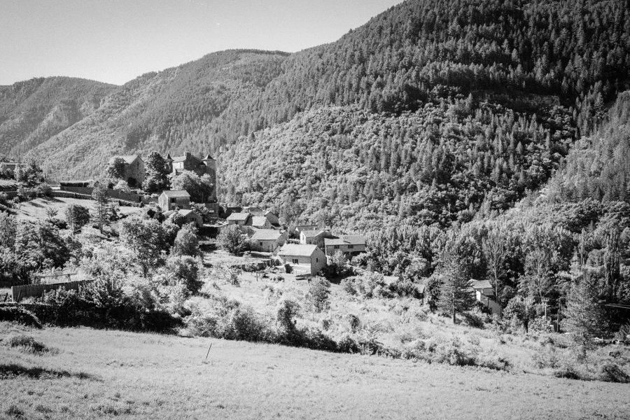 Prades am Tarn, Leica M6 TTL, 35mm Summicron, Kodak TMax, Orange-Filter
