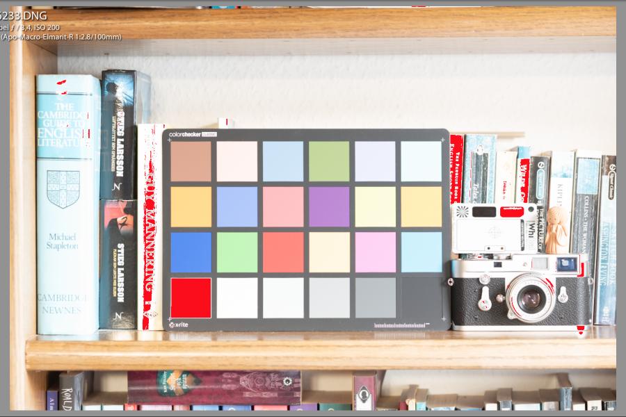 200 ISO-Datei Bildschirmfoto: Überbelichtung (rot), in Lightroom markiert