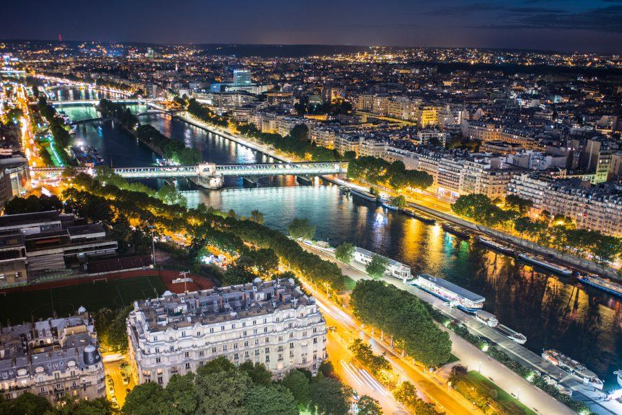 Blick vom Eiffelturm. Leica M10, 28mm Summicron bei f/4.0  1,5s  ISO 200   +2 EV