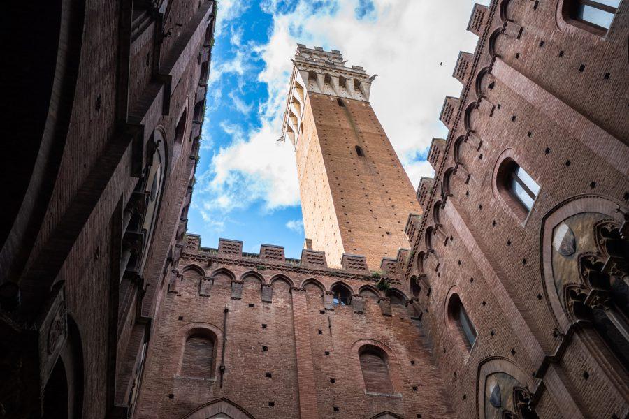Der Torre del Mangia – 21mm Super-Elmar