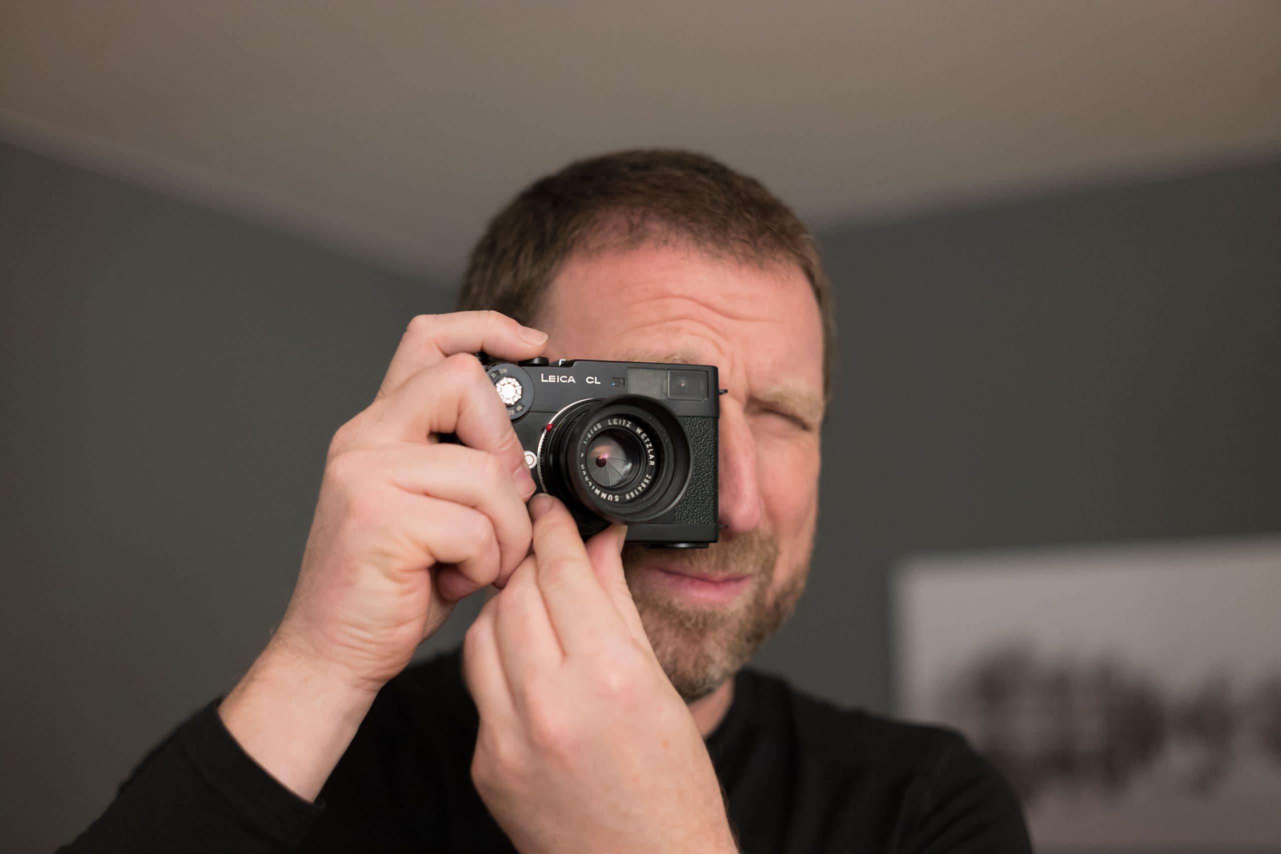 Darf ich mal? Messsucherkameras erwecken immer mal wieder die Neugier. Zeiss 35/2.8 Biogon ZM on Leica M10. Durch ein Versehen war an der Kamera das Profil des Tri-Elmar@35mm aktiviert: Keine Vignettierung, kein Farbstich am Rand!