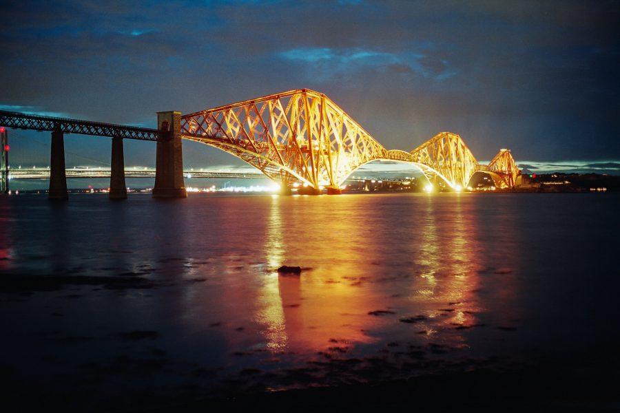 Forth-Bridge, Edinburgh. Leica M6, Kodak Portra 160