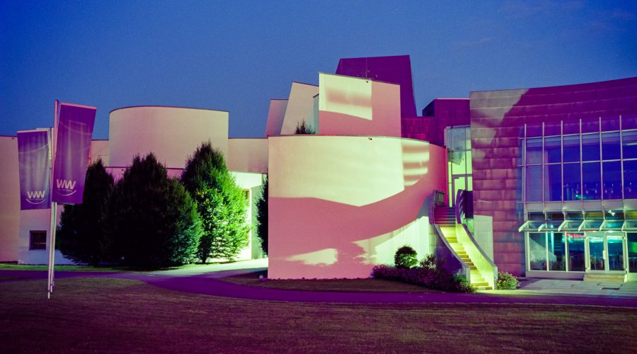 Energie-Forum. Leica M6 TTL, 35mm Summilux bei f/4  10s